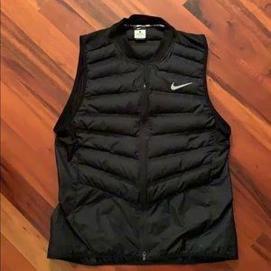 Nike aeroloft running vest 800 Large black